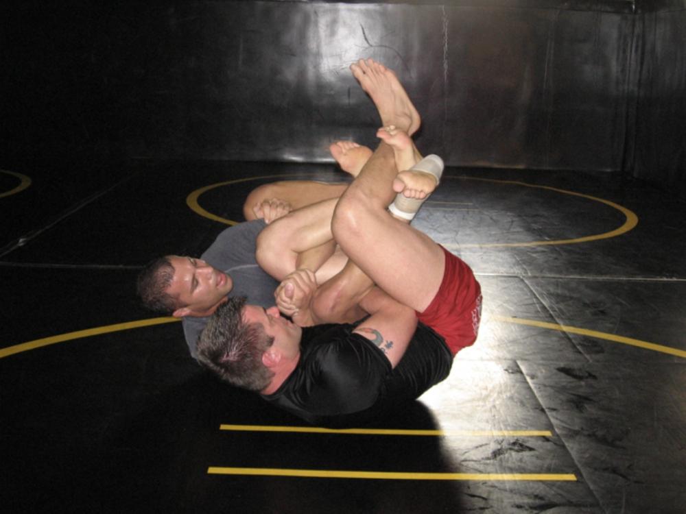 John Donehue rolling in jiu jitsu